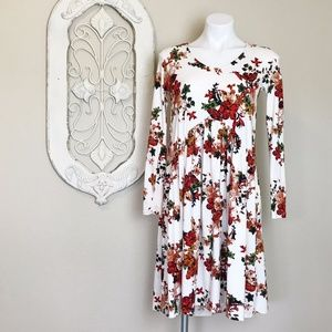 Reborn J   Cream Floral Long Sleeve Swing Dress M
